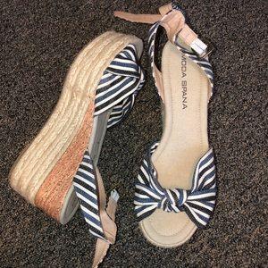 Striped platform sandals